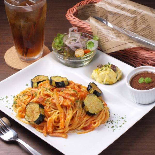 Pasta lunch plate