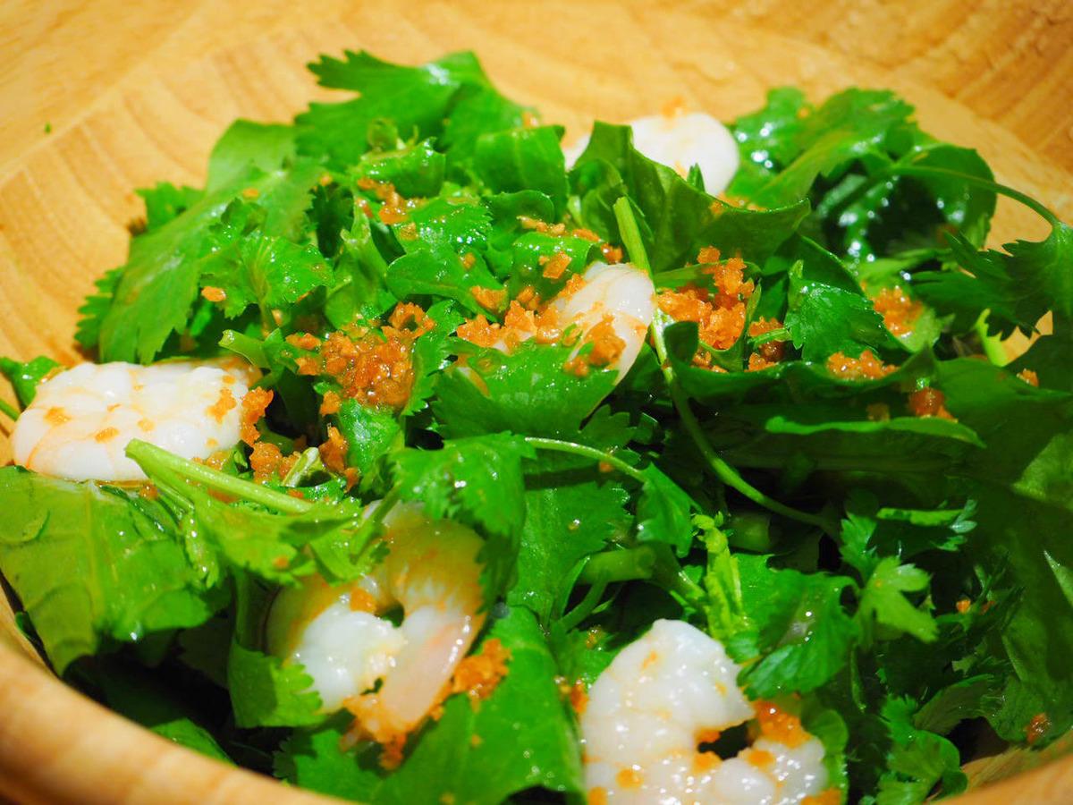 Famous !! Pakuchi salad ♪