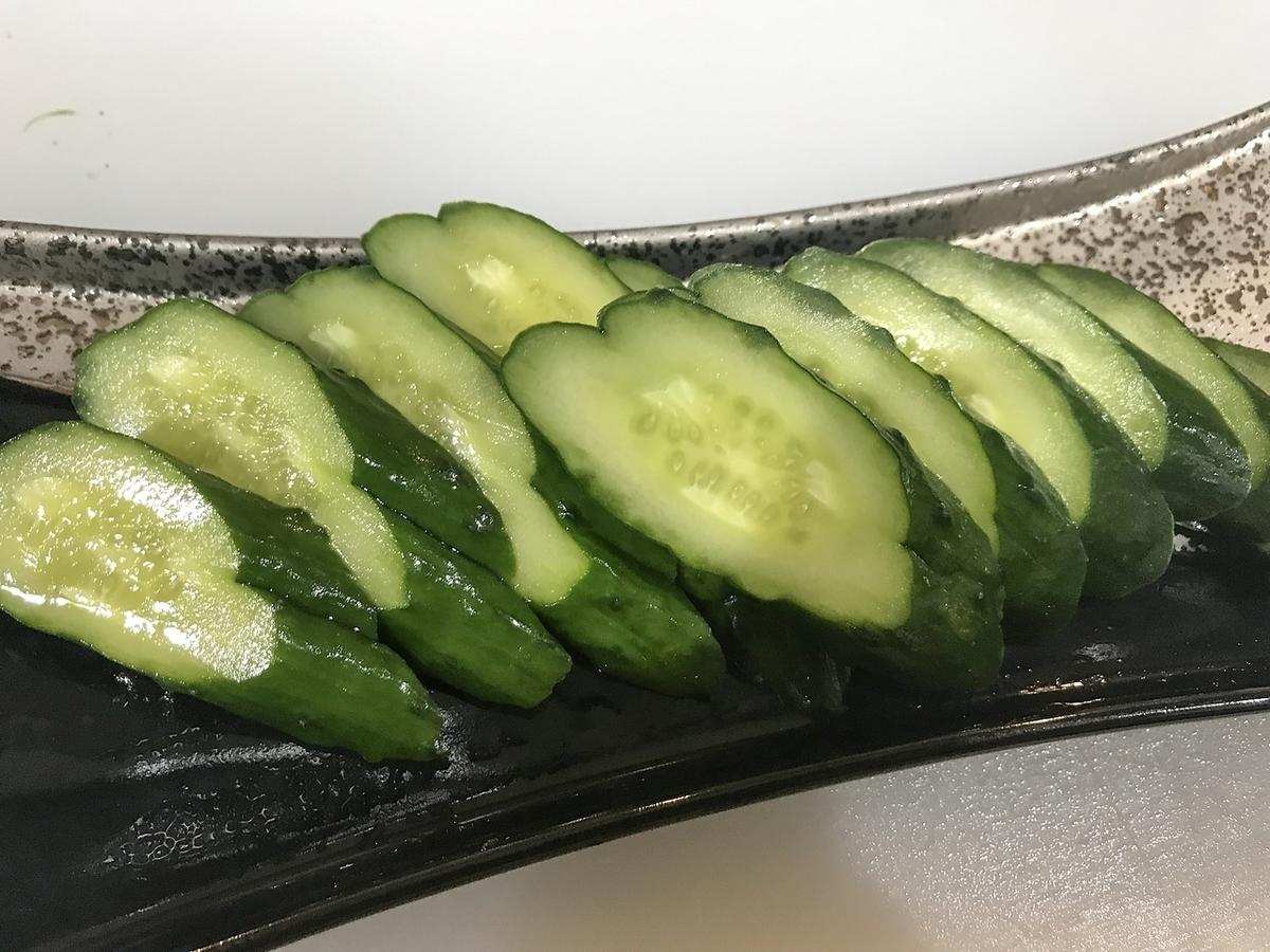 一根黃瓜醃製