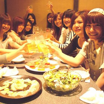 Completely in a private room ♪ Completely private room around Kanda × If you are looking for a tavern with a full drink unlimited course, please use the private room Izakaya Kokusai store ★