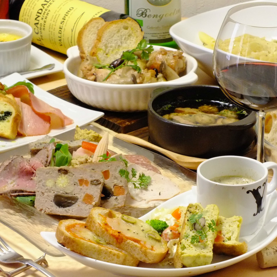Sommelier's prepared dish and wine ♪