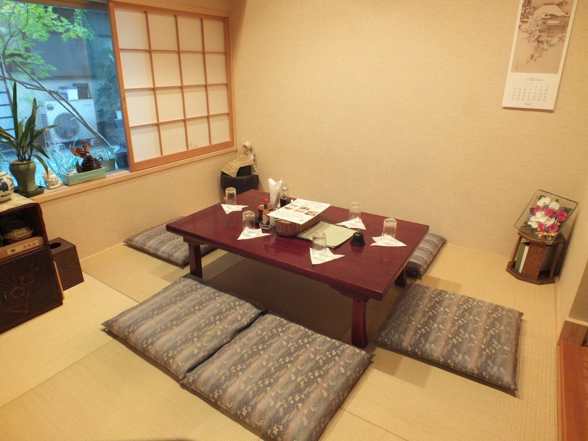 優秀的氛圍!日本的座位。請慢慢放鬆。