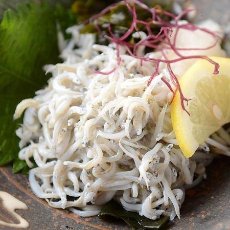 【Recommend】 Shonan kettle fried shrimp grated grass