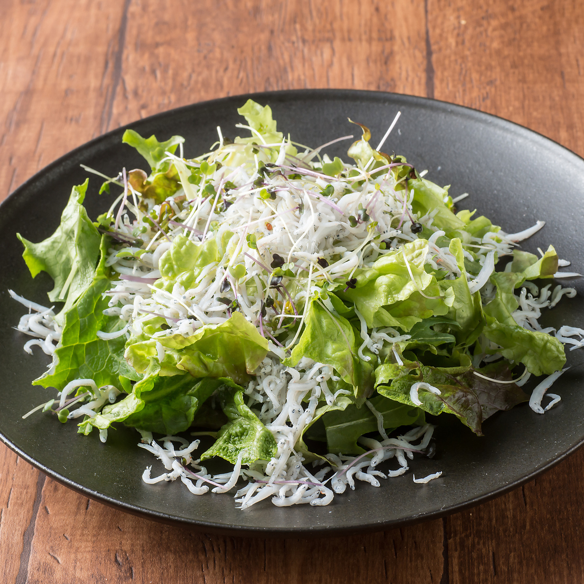 和歌山の前福さんのしらすサラダ