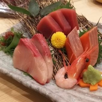 三种生鱼片生鱼片