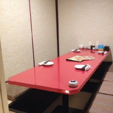It is a room popular for use with private dating for 2 to 6 people or for meals with small children ☆ I can relax without worrying about the eyes around me.【Osaka · Minamimori Town · Private Room Izakaya】