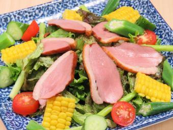 【糸島直送!】◆合鴨と糸島野菜サラダ◆