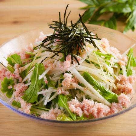 蟹まみれの大根サラダ