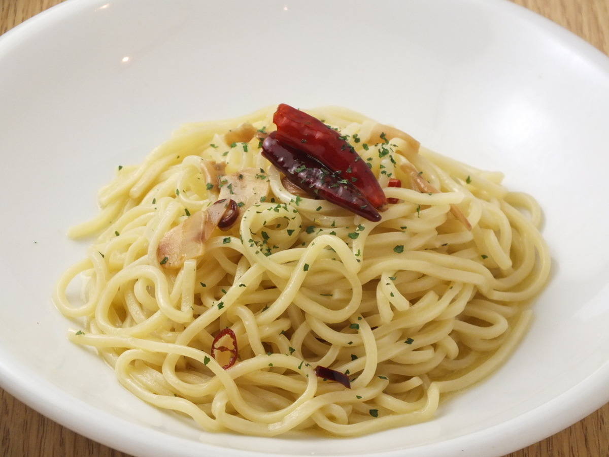 Peperoncino(辣椒,蒜醬)