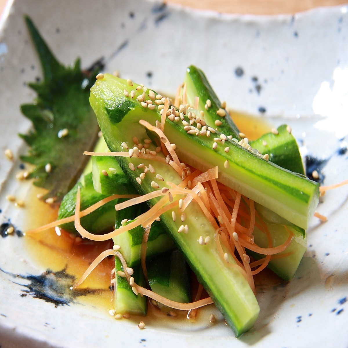 Biscuit cucumber / bamboo shoots