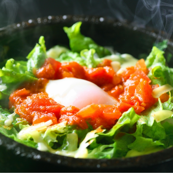 熱氣騰騰的烤石章魚米飯