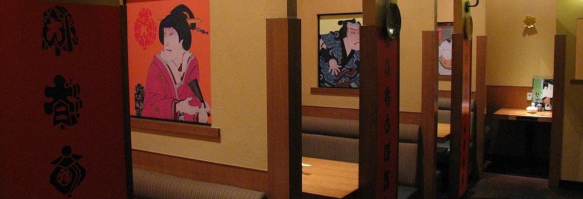少人数様用のお席も充実。周りを気にせず、ゆっくりとお食事をお楽しみいただけます。