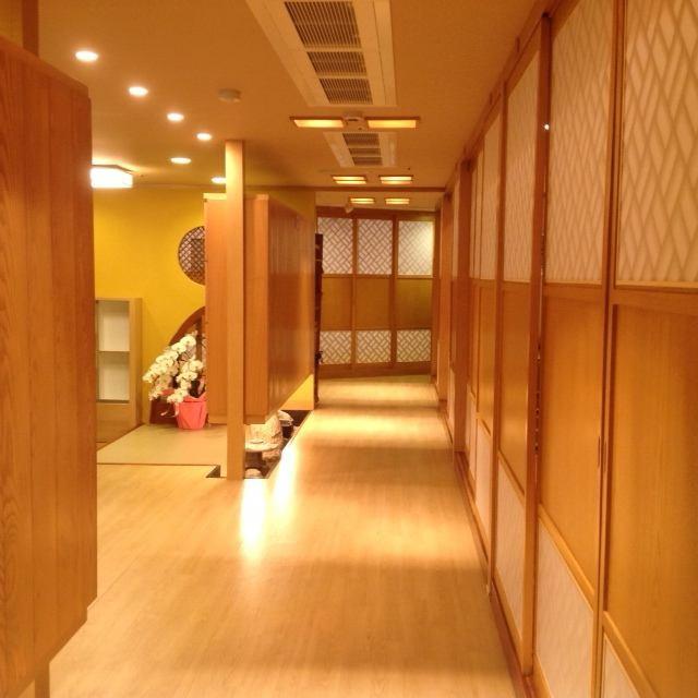 【完全個室充実】 落ち着いた雰囲気の店内で味わう大人の和食。