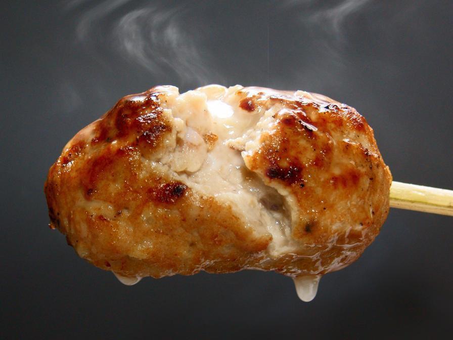 鸡肉着名店铺的新鸡肉菜单【林】!鸡蛋黄手工制作的肉丸