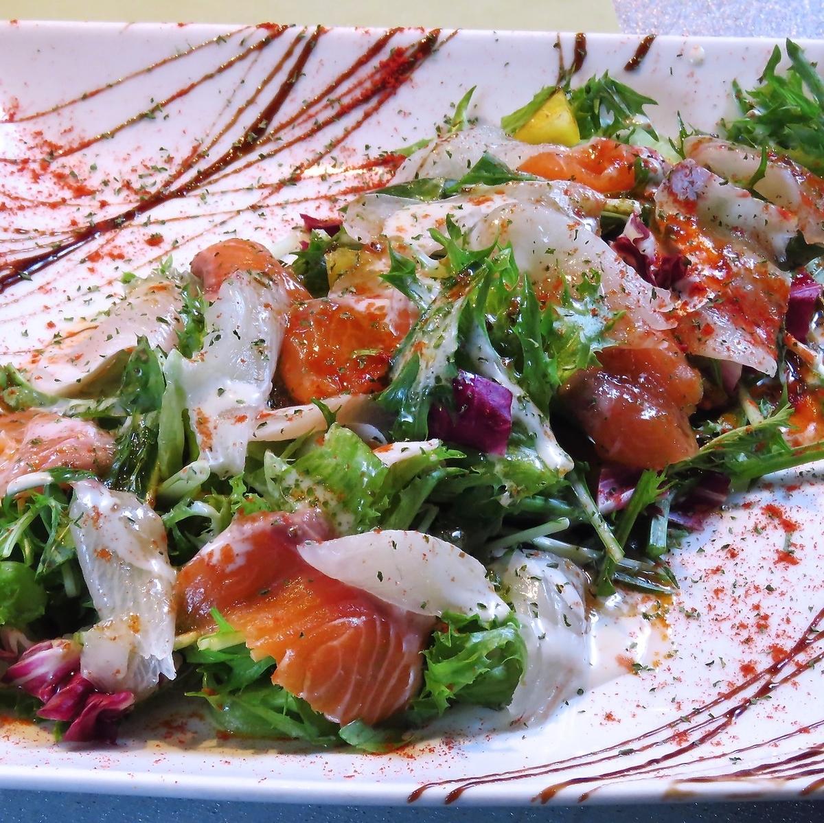 Fresh fish carpaccio salad tailoring