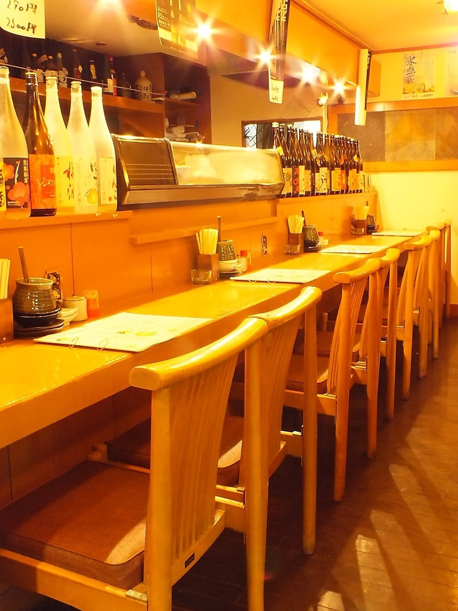 One person welcome ♪ Counter seats