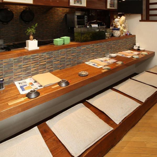 在琉球酒吧的barnival,我们还有一个柜台座位!欢迎您光临一个人,想要独自喝酒,如从公司喝回来的饮料★