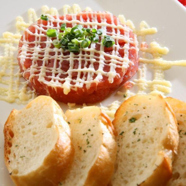 金枪鱼金枪鱼意式烤面包片