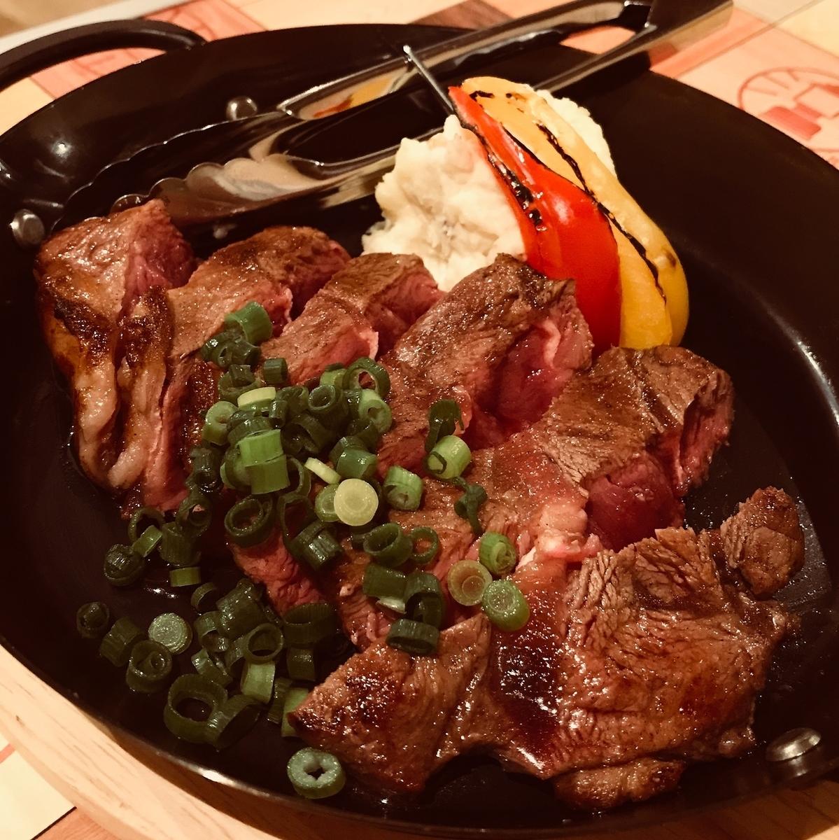 牛ステーキ BBQソース