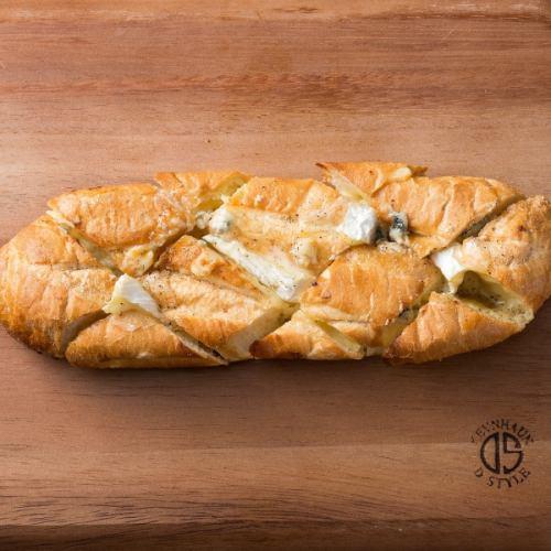 时钟蛋糕quattro奶酪