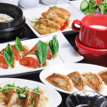 【Cheese Fondue Women's Association Course】 8 items with unlimited drinks allotted (3 hours before Monday and Friday) 4300 yen ⇒ 3800 yen