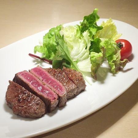 고베 쇠고기 스테이크 (100g)