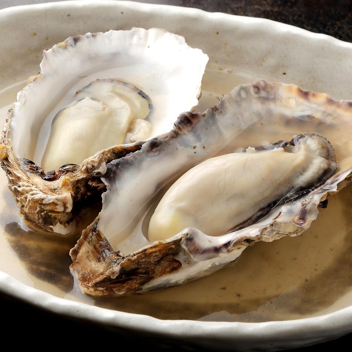 厚岸産牡蠣の酒蒸し