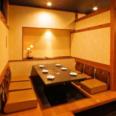 私人房间座位建议娱乐,晚宴,家庭会议等。充满奢华的气氛◎