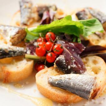 Oil sardine's bruschetta