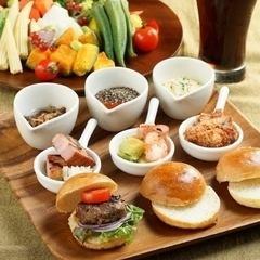LA slider set ★ Salad with drink ★