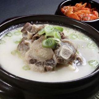 【日本産】コリコムタン(牛テール)スープへのこだわり