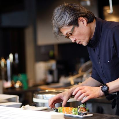 Creative cuisine utilizing technology accumulated over 30 years in New York