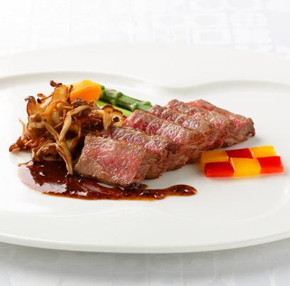 [Grill of selected Sendai beef] ~ with seasonal vegetables ~