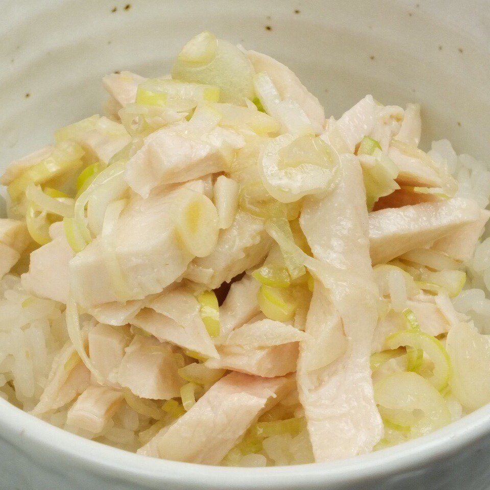 Chicken barbecued onions