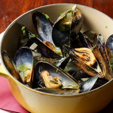 [Classic] steamed casserole of mussels