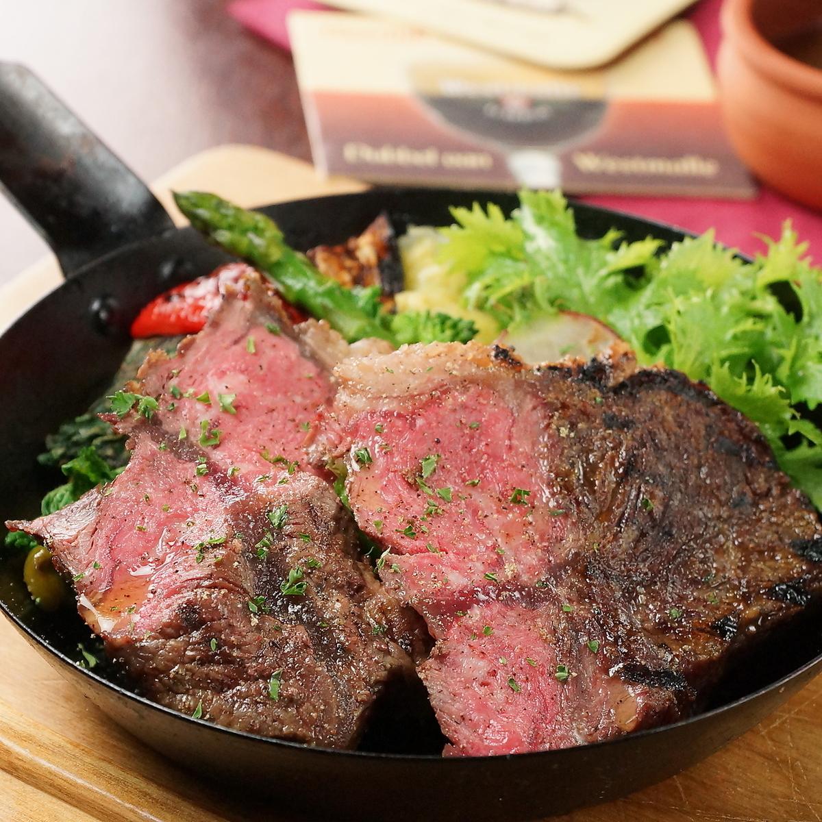 Selected carefully! 1855 Brand Black Angus Beef Misuji Steak 200 g ~ Sansapar Sharia pin sauce ~