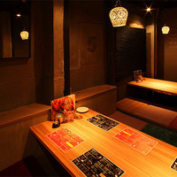 【2F】 Remove the walls of two dugouts and one private room into one large space.A banquet for up to 10 guests is possible.