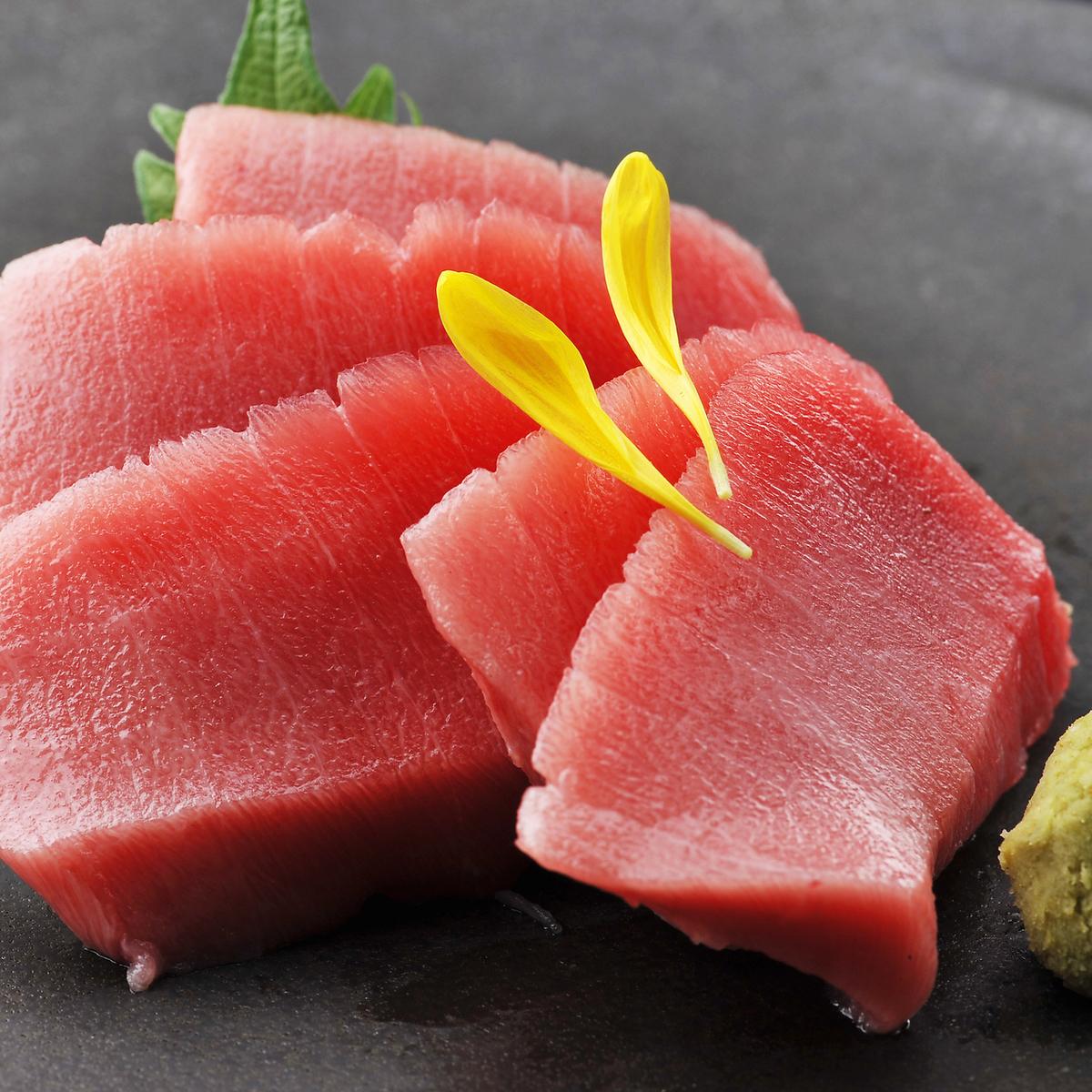 這金槍魚紅瘦生魚片
