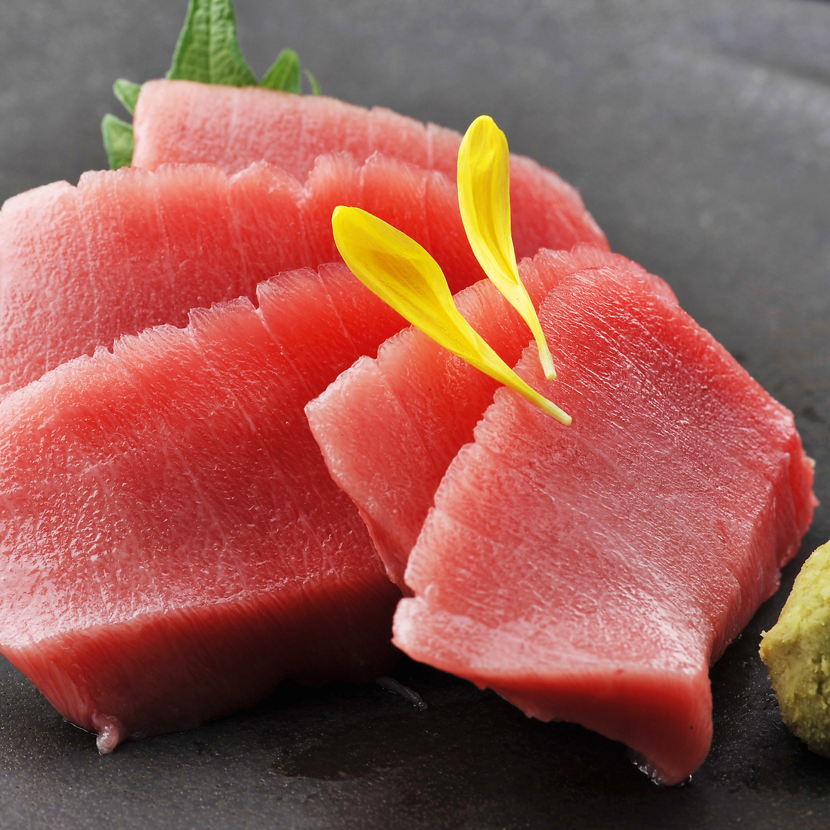 This tuna red lean sashimi