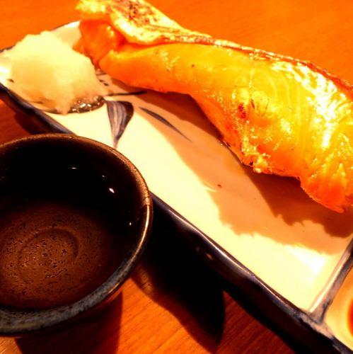 銀鮭の塩焼き