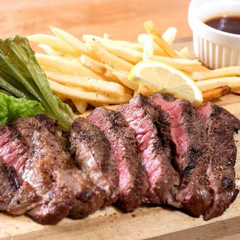 【広島名産】世羅みのり牛を使ったステーキが楽しめる