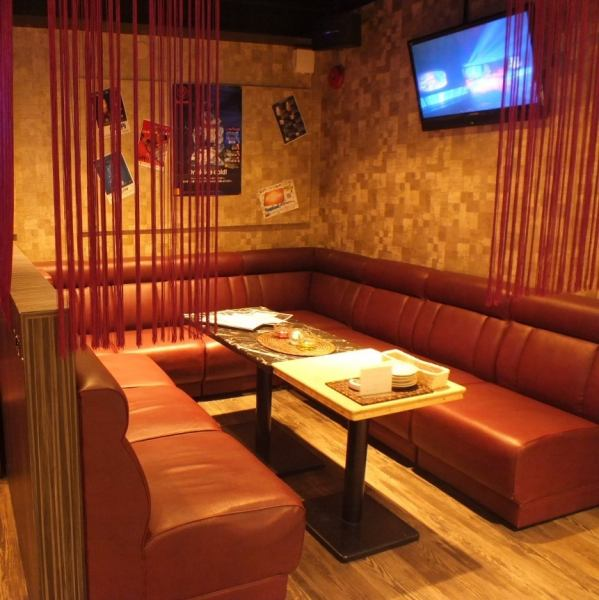 Popular sofa seat is OK up to about 10 people! Full of special sense of atmosphere, PARTY and girls meetings, recommended for joint party!