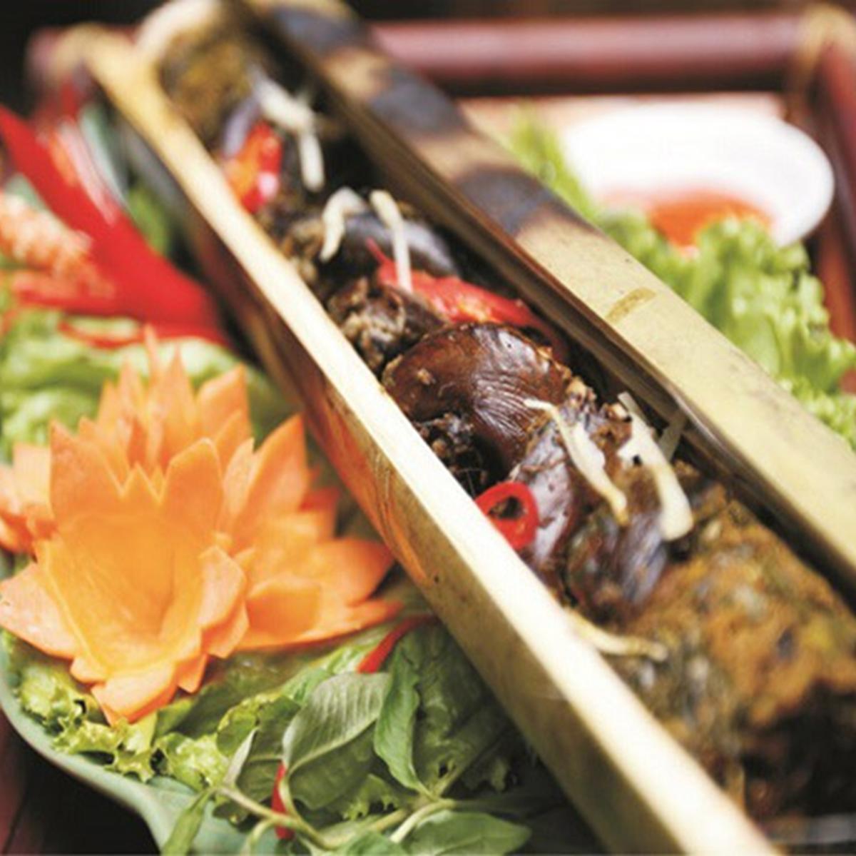 鳗鱼用竹子烤