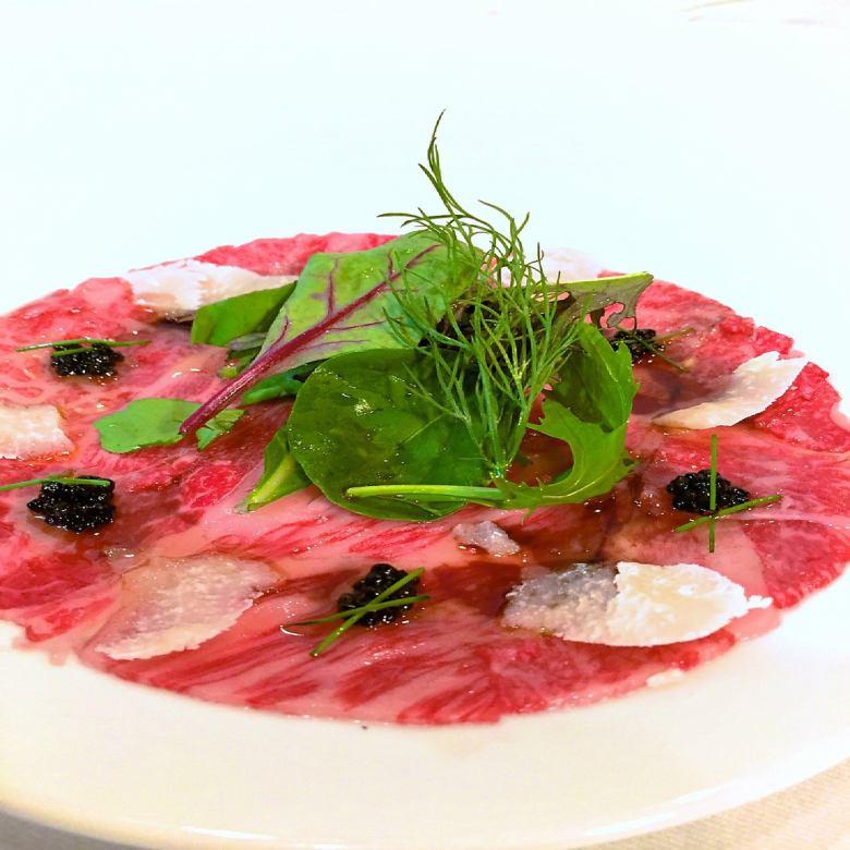 Niigata A5 Wagyu beef's fresh carpaccio