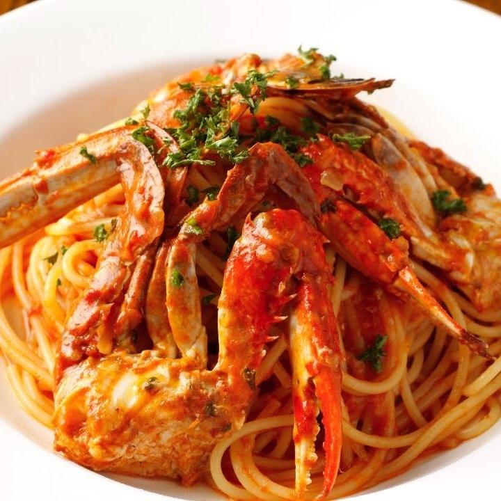 移民螃蟹的番茄奶油原料意大利面