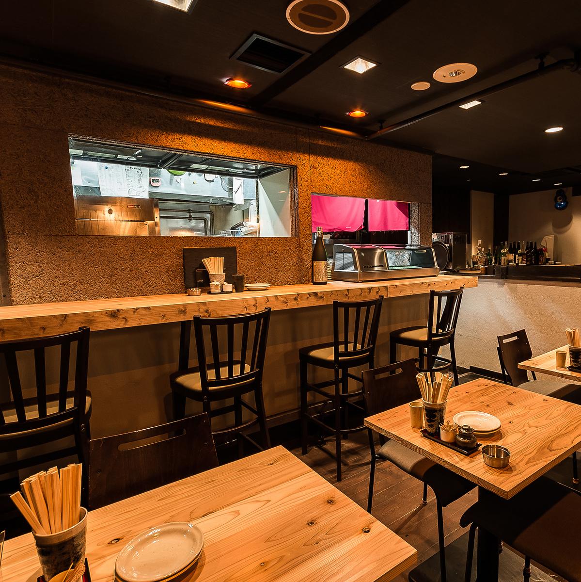 這是一個令人愉快的空間,適合意外的用餐和飲酒派對桌座可以根據人數加起來!我們也有一個很棒的年終派對計劃!!請隨時聯繫我們050-5348-5546查詢!