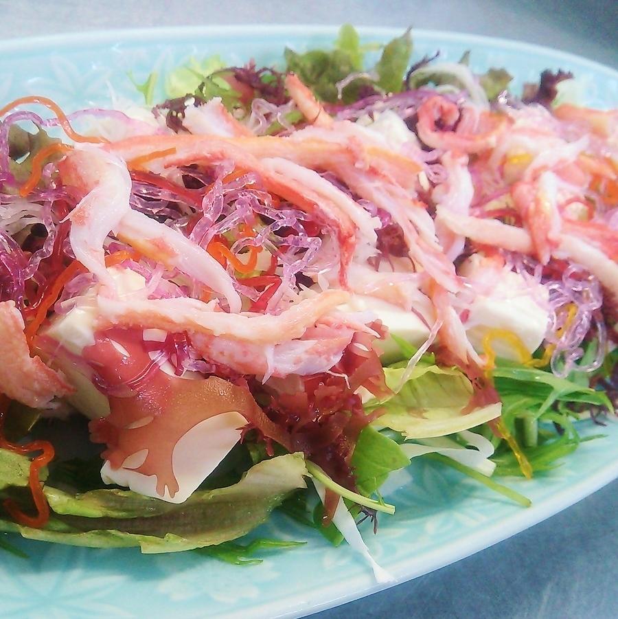 ずわい蟹と豆腐のサラダ