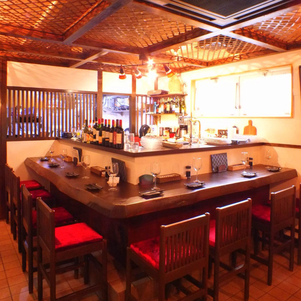 【Counter Seat】 One person is welcome.Please enjoy slowly, dishes and sake.