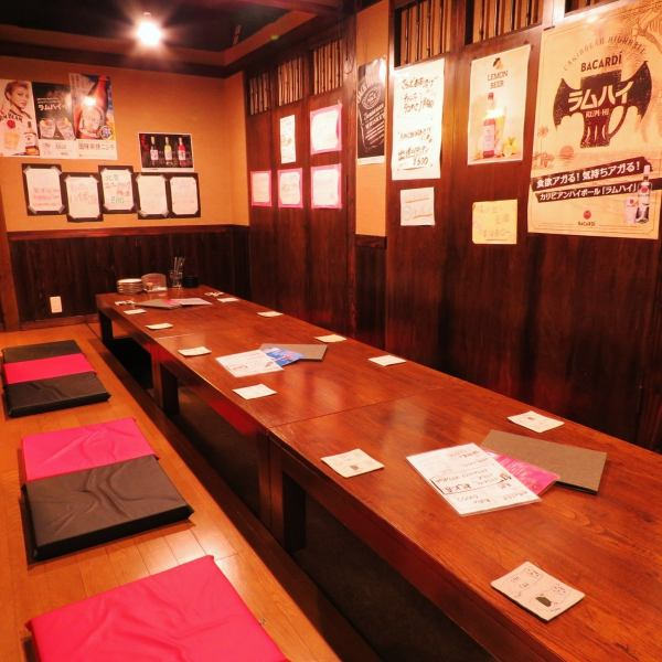 【For 2 ~ 16 people】 Tatsutsu dressing according to the number of people, Osami seats available.Flooring x Fluffy cushion is pretty comfortable! It is recommended for company banquets as well as for dining and hospitality seats.