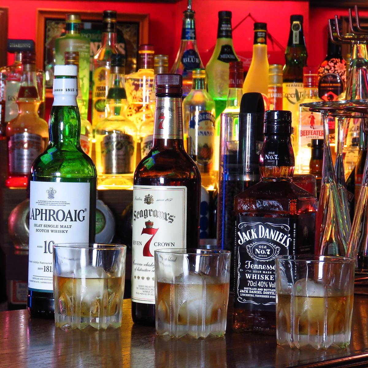 ウィスキーの種類も豊富に取り揃えております!